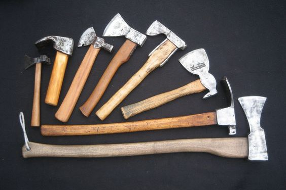 Learn more about the ax vs hatchet topic