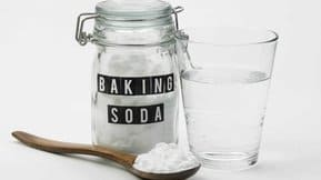 I know you use baking soda a lot, but what if I tell you that you can use it for paint smell too?