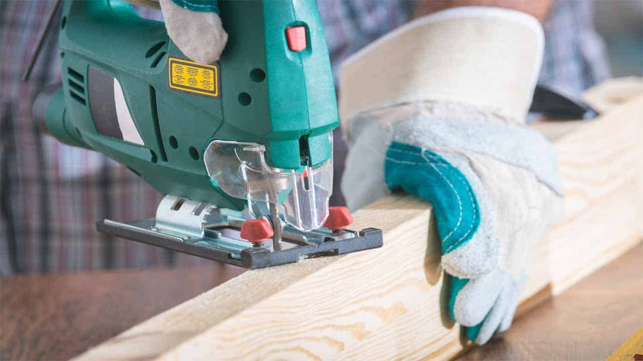 The jigsaw is a very used power tool, this tool is mostly used to cut thin wood. There are two types of jigsaws, electric jigsaws, and cordless jigsaws. Jigsaw is a very small woodworking power tool that has a small reciprocating saw blade that is used to cut the wood.