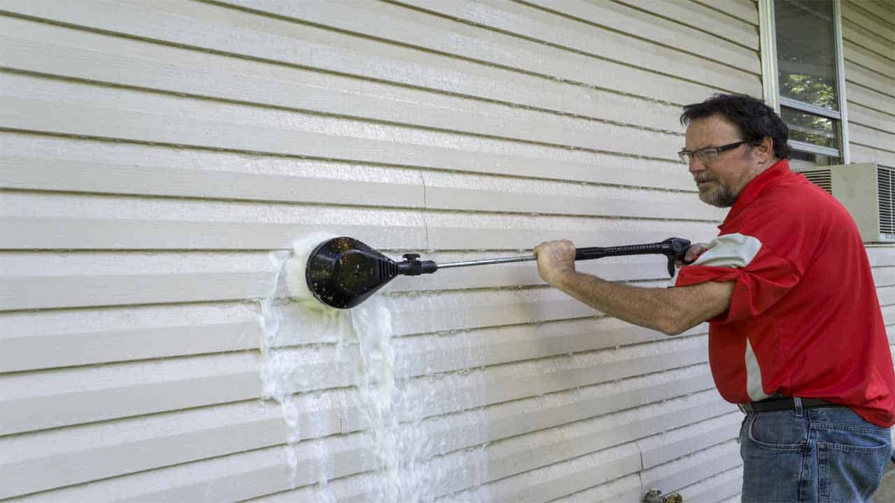 Let's say you have oil-based paint in your sidings. So, how to remove oil-based paint from vinyl siding? To remove oil-based paint you need to use different chemicals, so it's advised to use safety gears to protect yourself. Take a cloth, mix it with mineral water and start rubbing the surface, after a few minutes you can see that it's doing its job, then take a soft brush and start slowly using it until the paint is off.
