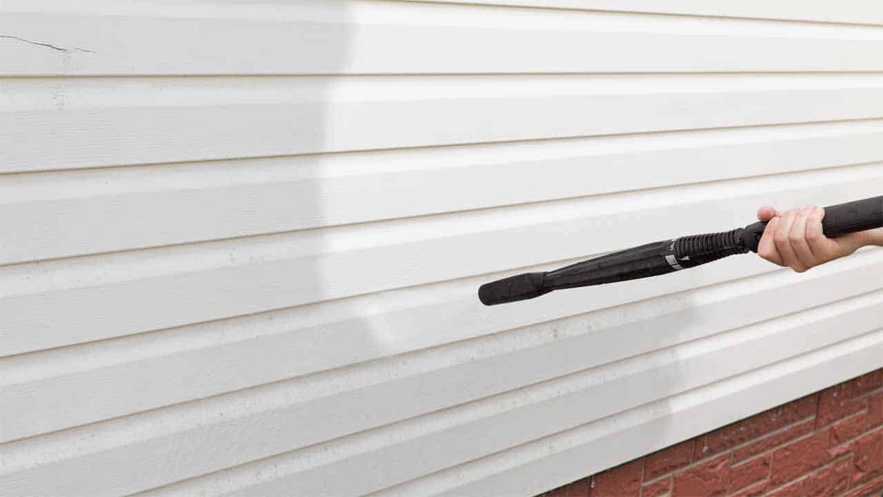 So, what is the best method for removing paint from vinyl siding? The best method depends on many factors such as your budget, the stain that it's used, the size, etc. But, the best way is to use a pressure washer.
