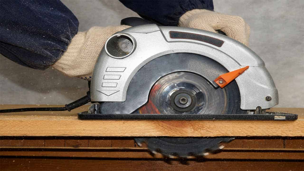 The circular saw comes with a large circular blade and it's used to cut different materials, mostly wood. It is a powerful saw and it's used by professionals and DIYers. The saw is somewhat hard to use, especially if you want to make straight cuts. But, if you have a woodworking project to do, then you should have a circular saw.